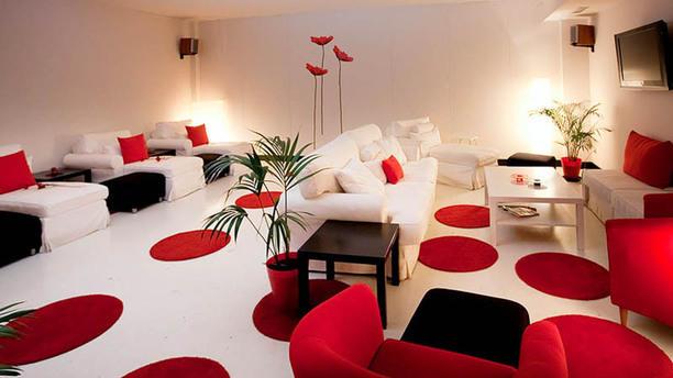 Rojo Tomate Vista del salón