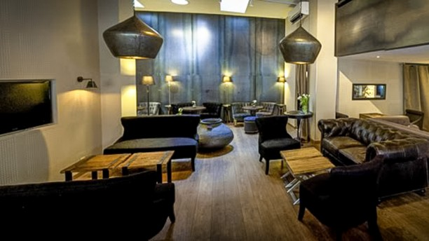 le verre soi restaurant 11 rue marceau 38000 grenoble adresse horaire. Black Bedroom Furniture Sets. Home Design Ideas