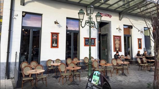 Le bistro porte de hal in brussels restaurant reviews for Porte menu restaurant exterieur