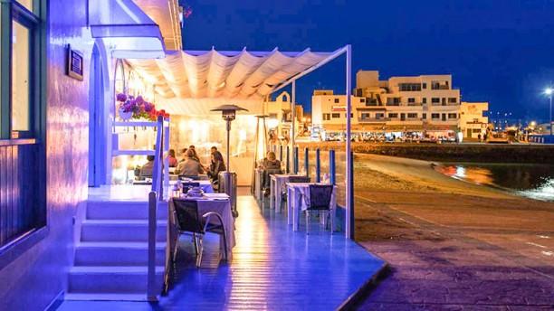 Rompeolas Restaurante - Fuerteventura - Terraza en la playa