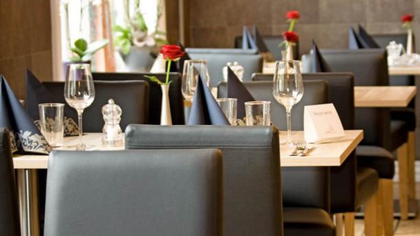 Restaurant upstairs in roskilde menu openingstijden for Table 99 restaurant