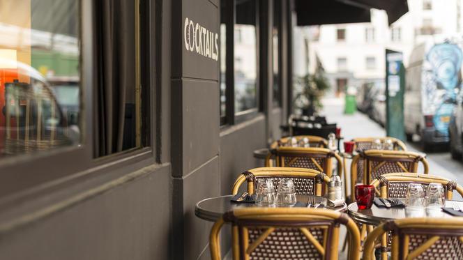 Détail de la terrasse - La Poulette de Grain, Paris