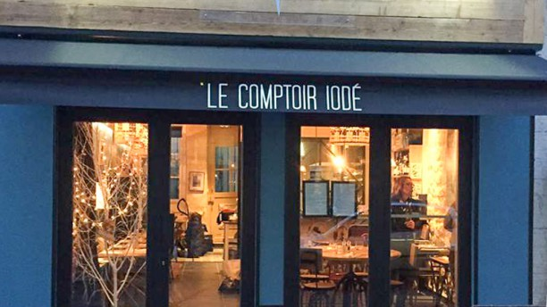 Le comptoir iod in paris restaurant reviews menu and - Le comptoir de l arc paris ...