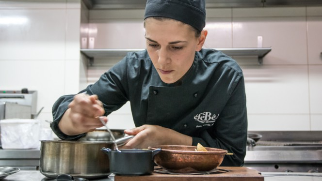 Chef - Elebê Entreparedes, Porto