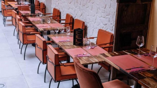Le Gourmet Resto Lounge Salle