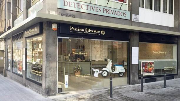 Panino Silvestre - Balmes Exterior