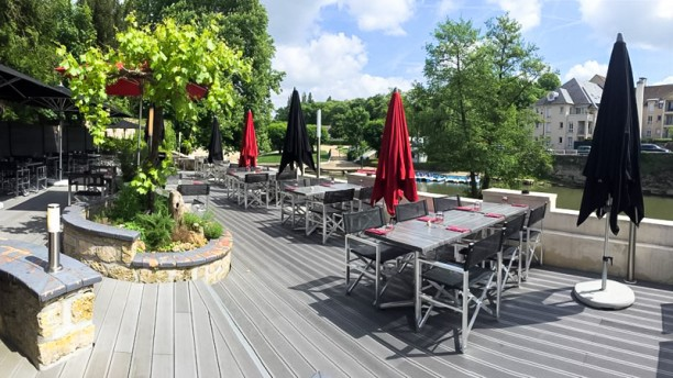 L 39 eleven restaurant rue de conti 95290 l 39 isle adam - Horaire piscine l isle adam ...