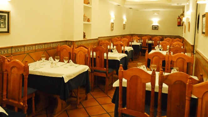 Vista mesas - El Paisano, Madrid