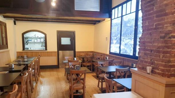 La Taverna de la Ronda Vista del interior