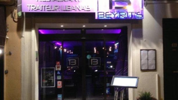 Le Beyrit's Devanture