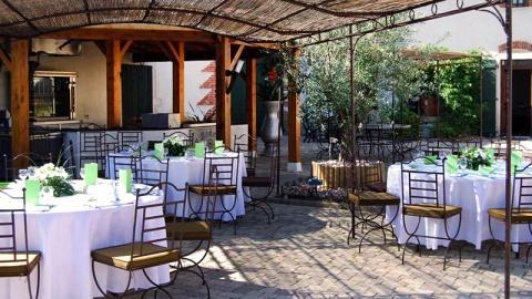restaurant - La Bohémia - Baneins