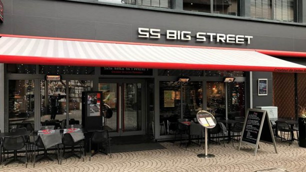 Big Street Devanture