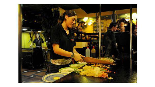 Dzjengis Khan Mongolian Grillbuffet Food