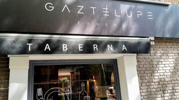 Taberna Gaztelupe Entrada