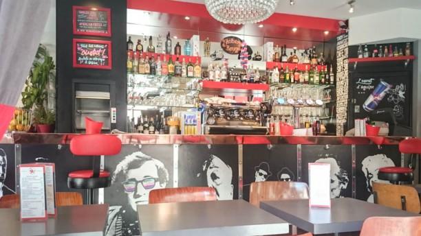 L'Avant Première Bar
