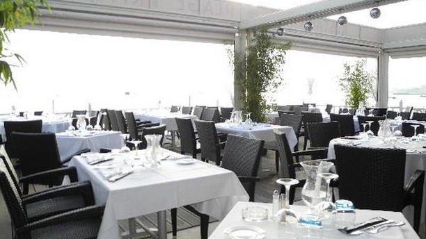 Le Provençal Beach Restaurant