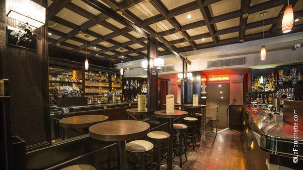 Restaurant le p 39 tit wagram paris arc de triomphe - Auberge dab porte maillot restaurant ...
