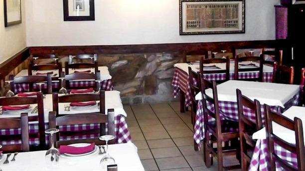 Taverna Lusitana Vista sala