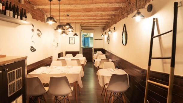 Morris Restaurant Gastrobar Vista del interior