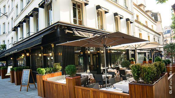 La Bouteille d'Or Vue du restaurant la Bouteille d'Or