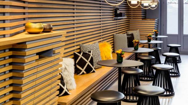 Swissboxcoffee Vue de la salle