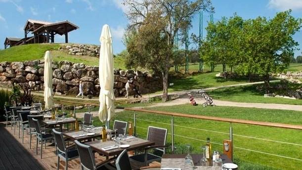 Le Provençal Golf & Café Terrasse