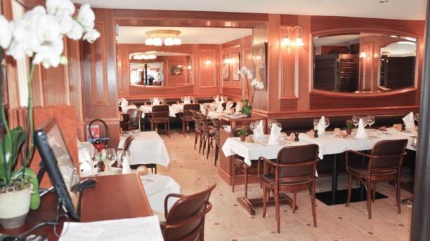 Restaurant au petit marguery rive droite paris 75017 - Auberge dab porte maillot restaurant ...