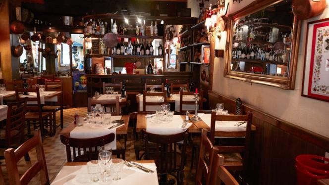 Auberge de la Reine Blanche - Restaurant - Paris