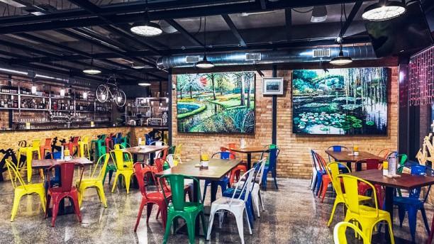 Dexter Beer & Jazz Sala interna