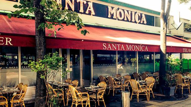 Santa Monica Entrée