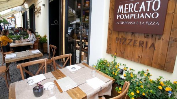Pizzeria Mercato Pompeiano Esterno
