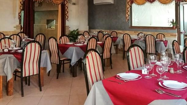Punjabi village indian restaurant Sala interna