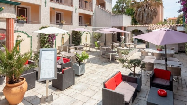 Le Patio (Hôtel les II Mas) Terrasse