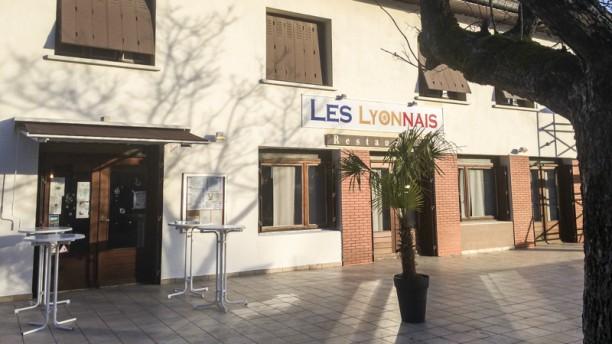 Les Lyonnais Devanture