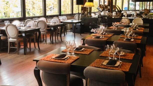 restaurante cambridge soho club en madrid centro plaza