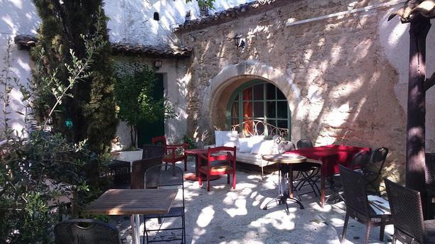 La grange gourmande restaurant chemin du moulin d 39 oise for Grange oise