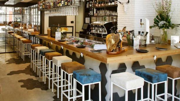 Picca-Dilly Alta Taverna Vista sala