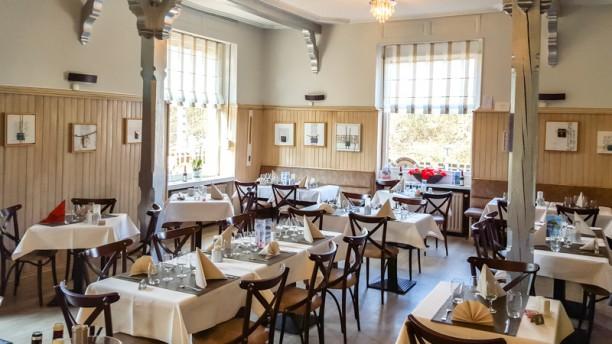 Auberge du Dachsbuhl Salle du restaurant