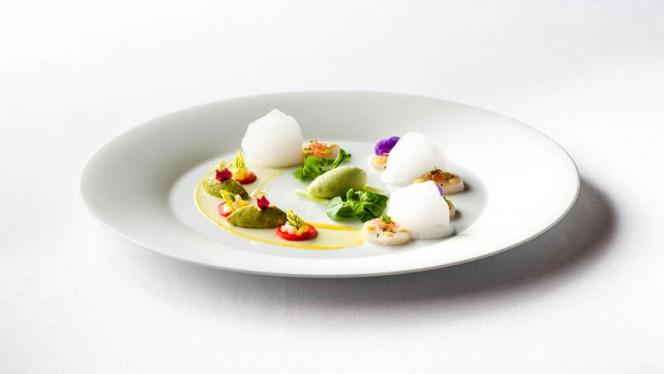 Capesante,mango e frutto della passione - La Terrazza, Rome