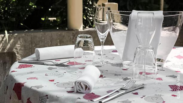 Sforketta tavolo in giardino
