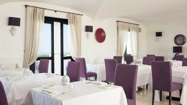 Borgobianco White Restaurant Interno