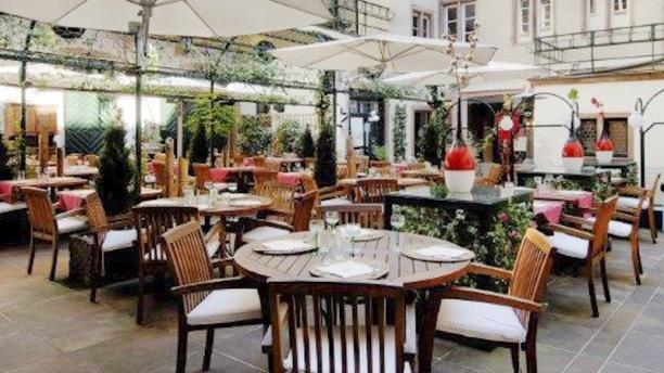 Brasserie au Dauphin in Strasbourg - Restaurant Reviews, Menu and ...