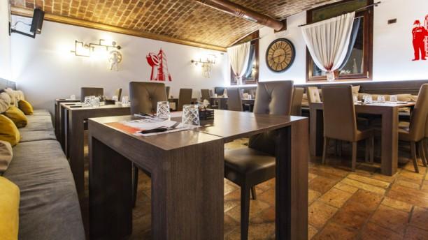 Oh My God! Ristorante cucina inglese in Padua - Restaurant Reviews ...