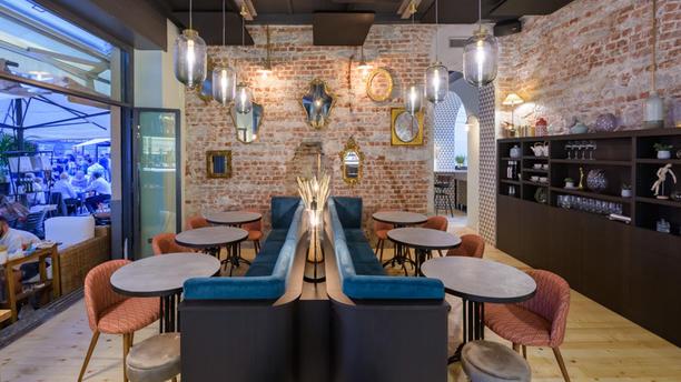 PRIMA - Comfort Food & Bar Location