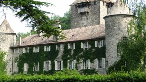 Hôtellerie du Château de Coudree Le Château de Coudrée