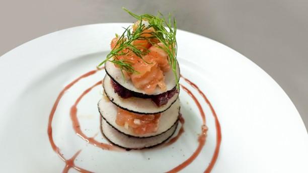 Ô Puits Entrée du jour, tartare saumon betterave et radis noir