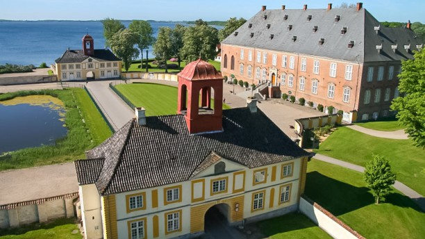 Valdemars Slot Restaurant & Café slott