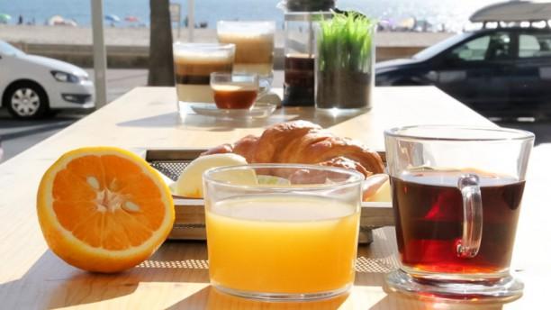 Malabar Desayuno en la terraza