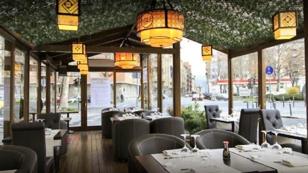 Sushi restaurant taiyo a torino menu prezzi immagini for Arredamento ristorante prezzi