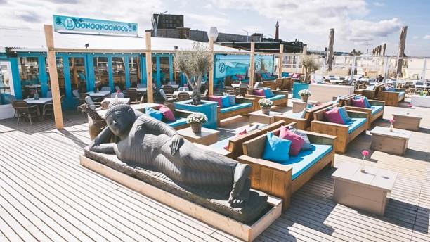 Boonoonoonoos Beachclub Terras